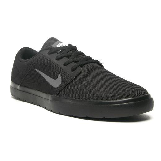 Nike_844445-001-1-